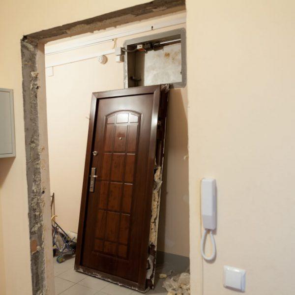 Rekonštrukcia dverí a zárubní Bratislava